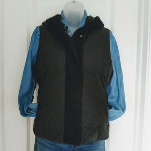 Eileen Fisher Black Puffer Vest with Down Size SP
